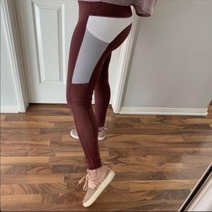 Sangria Color-block Workout Leggings
